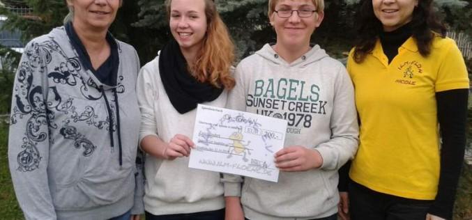 Ilmflöhe übergeben Spenden an Jugendklub und Kindergärten