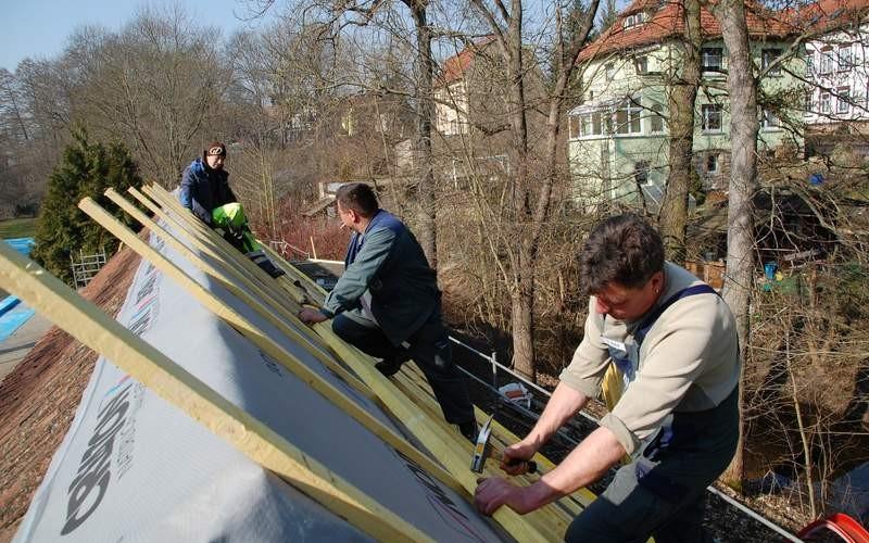 Dach wird neu eingedeckt