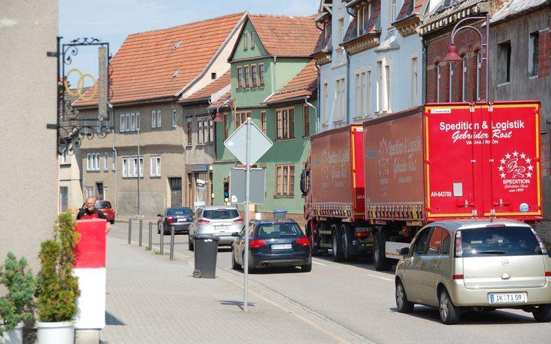 Baumaßnahme der Thüringer Netze in der Weimarischen Straße