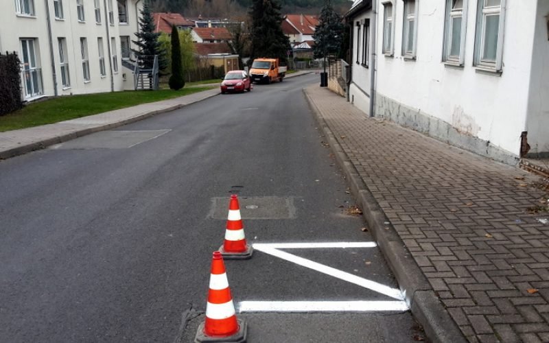 "Parkverbot ""Am Finkenhügel"""