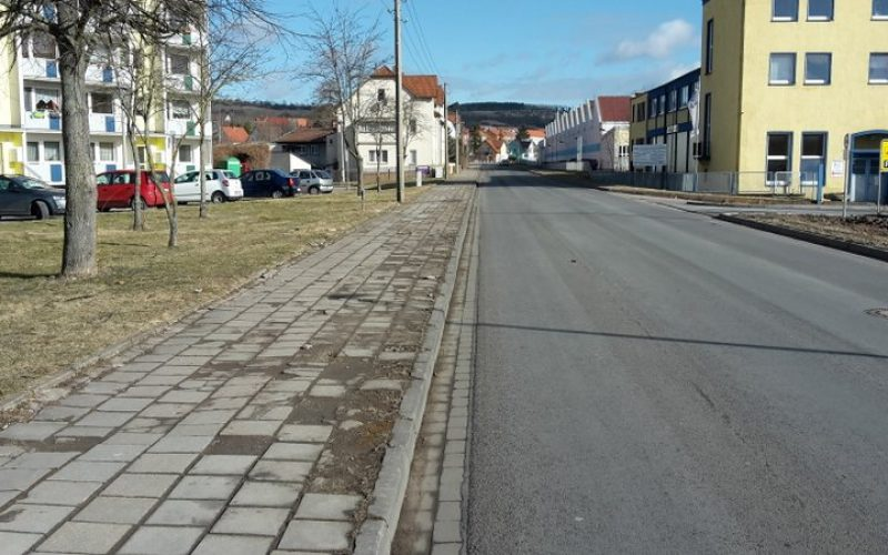 Baubeginn Gehweg Weimarische Straße