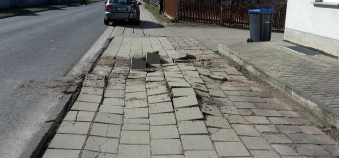 Verpuffung im Gehweg Weimarische Straße