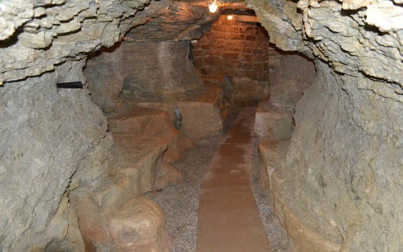 Karsthöhle Dienstedt